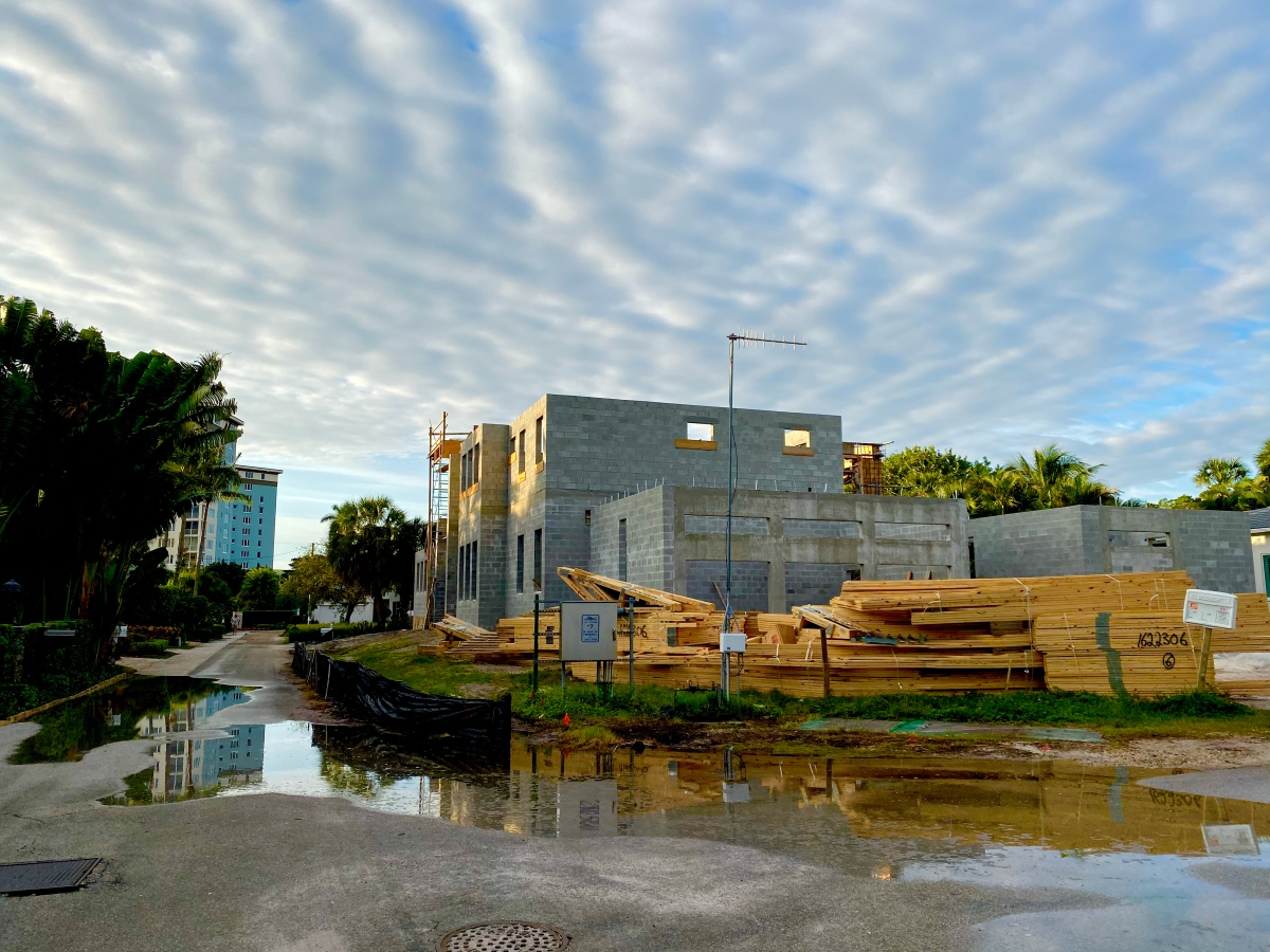 Sea Level Rise Flooding Victims in Norfolk, Virginia, Develop a King TideApp